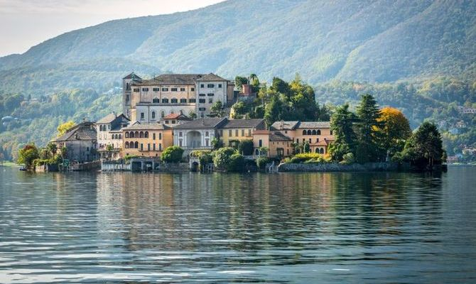 Nuovo Studio Immobiliare La Tua Agenzia Immobiliare di Fiducia a Borgomanero, Comuni Limitrofi e Lago d' Orta